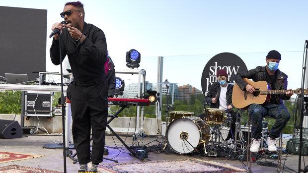 Pendant la crise, les concerts sans public de Show Must Go Home