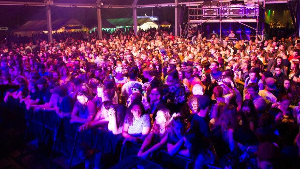 """Festivals d'été : les Moissons Rock s'asseyent pour des """"Pauses"""""""