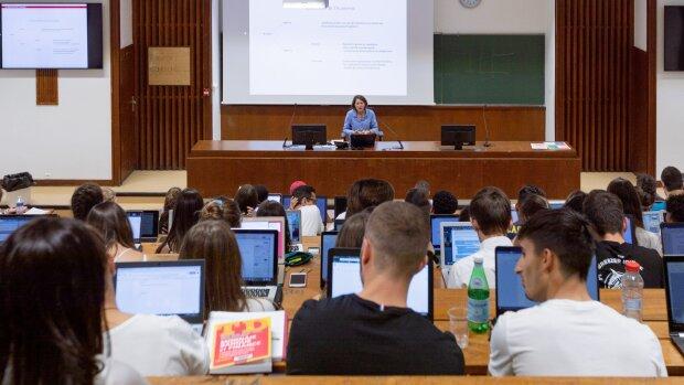 Comment devenir enseignant-chercheur ?