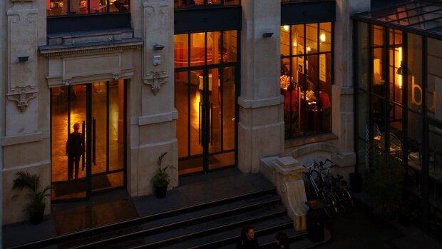 """Résidences : les """"CoOps"""" de la Maison des Métallos optimisent la présence des artistes"""