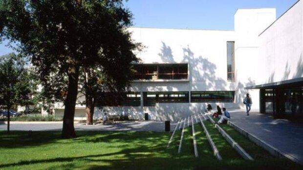 L'Université Paris-Saclay recrute un ou une gestionnaire de l'école doctorale droit, éco, management