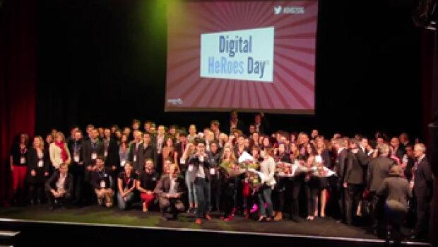 Vidéo - PeopleDoc réunit 450 héros lors du Digital HeRoes Day® !