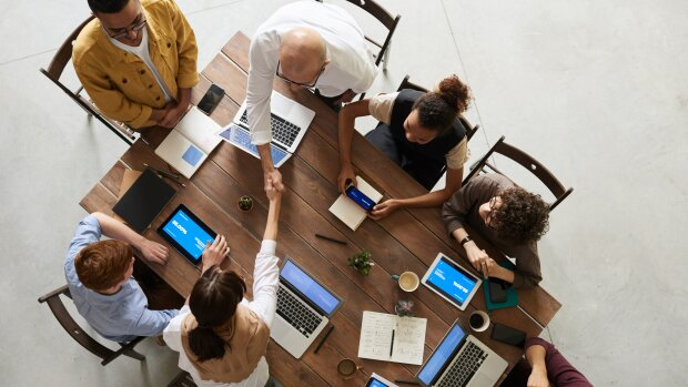 Quelles sont les 5 qualités principales d'une DRH en école de commerce ?