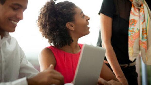 Les quatre tendances SIRH qui favorisent l'expérience collaborateur