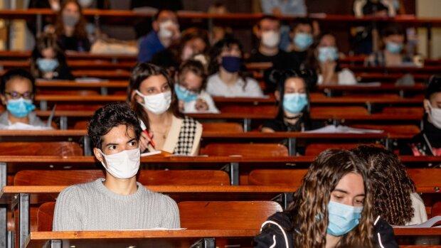 À Sorbonne Université, le casse-tête des contaminations à la Covid en 2e année de médecine