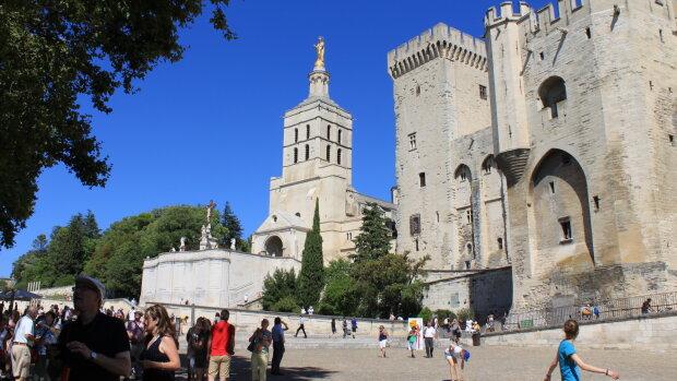 Avignon Off: le fonds de professionnalisation mis en place, réservations meilleures qu'en 2019