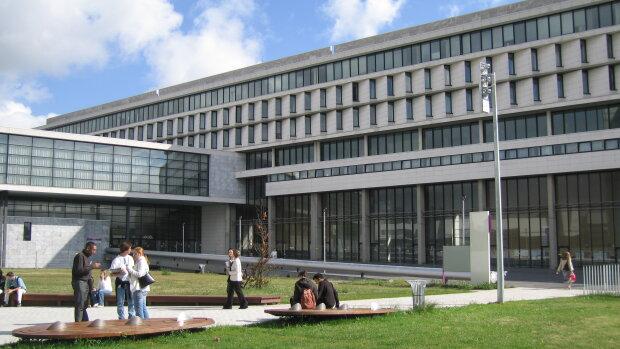 CY Cergy Paris université recherche une ou un chargé(e) de communication