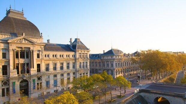 L'Université de Lyon 3 recrute un ou une chargé(-e) d'orientation et d'insertion professionnelle