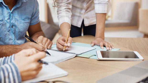 Des chargés de projets participatifs à l'épreuve du collaboratif