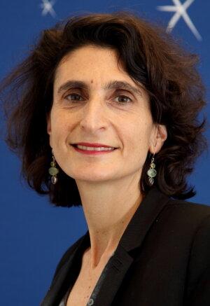 «Nous avons réformé une partie de nos programmes et donc le nombre d'heures de cours», Valérie Moatti, doyenne d'ECSP Europe