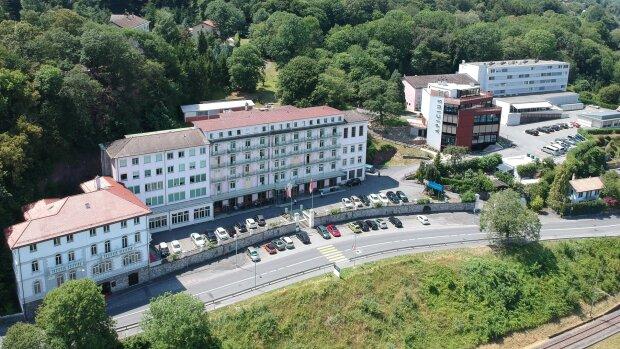 Le César Ritz Colleges où ont été confinés une partie des élèves pendant dix jours