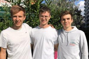 Gautier Chamoulaud (à gauche), Raphaël Madillo (au centre) et Guillaume Vignolle (à droite) ont cofondé l'application Flips.