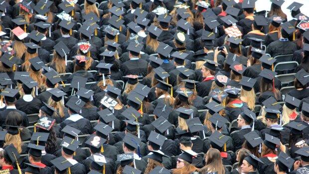 Les faux diplômes sont une réalité, affirme l'entreprise Verifdiploma, qui propose ses solutions