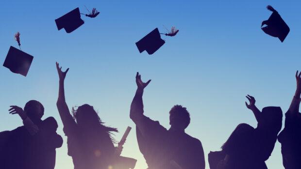 Comment renforcer le rôle des alumni dans les universités et les écoles?