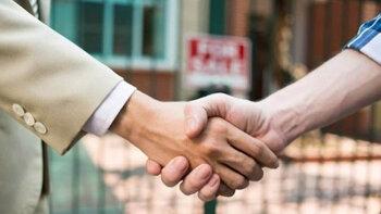 5 conseils pour convaincre un vendeur de baisser son prix - © D.R.