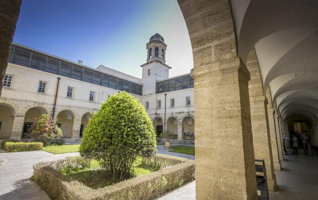 Les enseignants en droit redoutent la généralisation de l'hybridation. - © Conférence des présidents d'université - Université de Montpellier