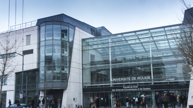 Université de Rouen Normandie recherche un ou une directeur(-trice) des affaires financières