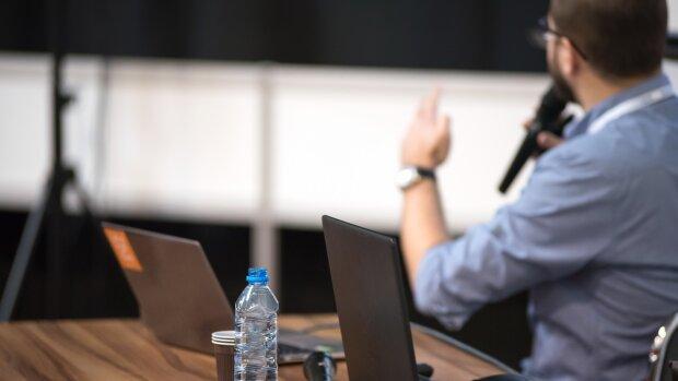 De dirigeant à simple enseignant-chercheur: ils racontent leur retour en amphi