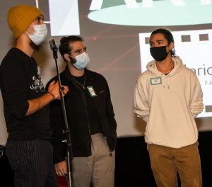 Hugo Santelli, Sam Pinto et Cyril Cazanove étudient à l'ISCPA.