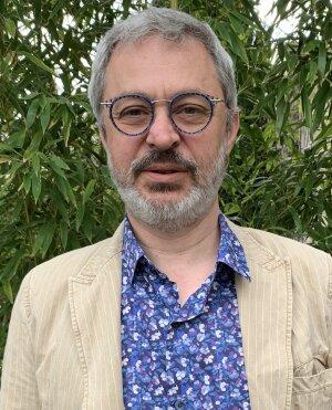 Ollivier Haemmerlé, président de l'Université Numérique est également professeur des universités à Toulouse et directeur de l'Université Ouverte des Humanités.