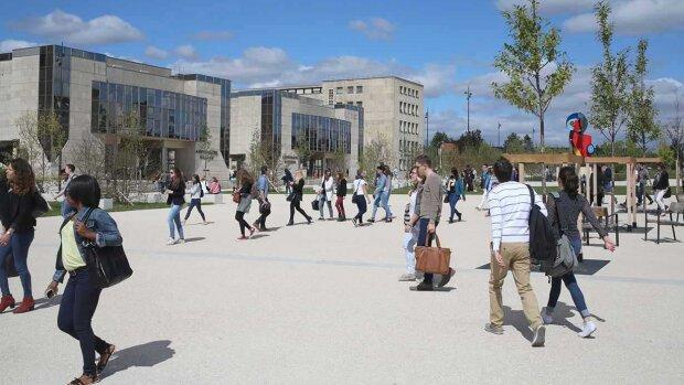 L'Université de Bourgogne recrute un(e) chargé(e) de sensibilisation et d'accompagnement étudiant