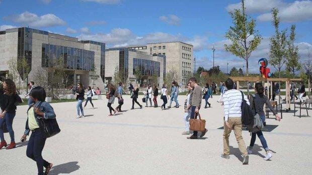 L'Université Bourgogne Franche-Comté recrute un ou une ingénieur(e) pédagogique et numérique