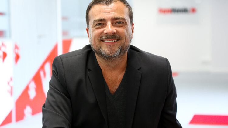 Paru Vendu - Laurent Radix -