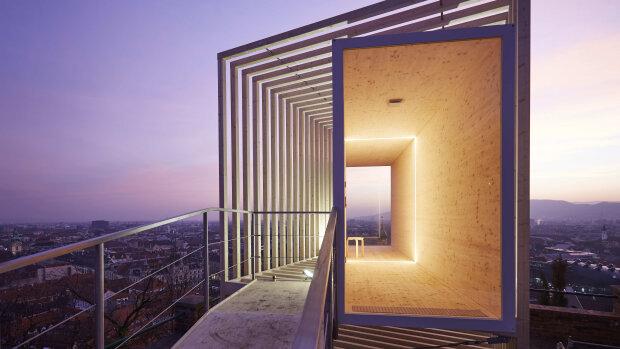 Un nouvel abri architectural est conçu pour chaque nouvelle ville accueillant le projet. - © Martin Hauer