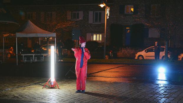 Le collectif «Et Maintenant» en spectacle de rue à Sotteville-lès-Rouen en décembre dernier. - © Virgile Thersiquel