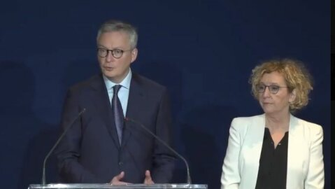 Covid-19 et gestion RH: quelles conditions de report des cotisations sociales et des impôts? - Gouvernement.fr