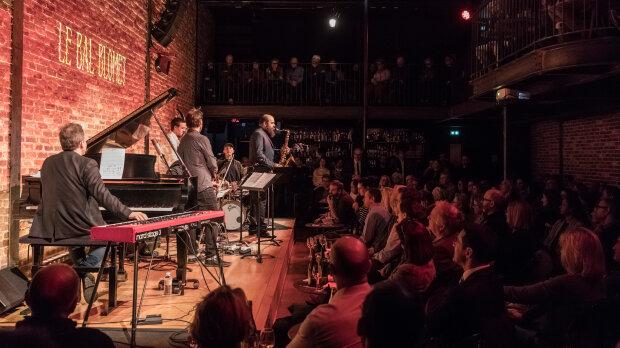 Le lieu peut accueillir 250 personnes en assis. - © @ Victor Tonelli / Hans Lucas