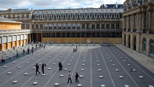 Le Ministère de la Culture entend doubler les GAFA en matière de numérisation du patrimoine. - © Etsionsepromenait