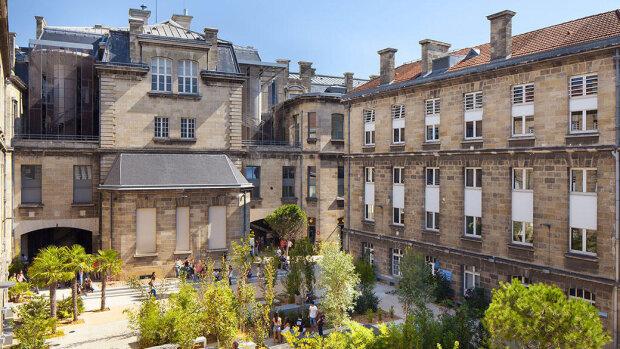 L'Université de Bordeaux recrute un ou une chargé(e) de communication et de promotion du doctorat