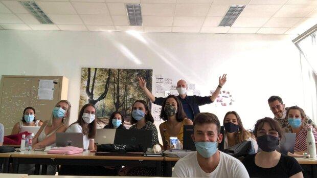 Les étudiants du M2 Psychologie de l'Université de Lorraine volontaires assurent les consultations. - © D.R.
