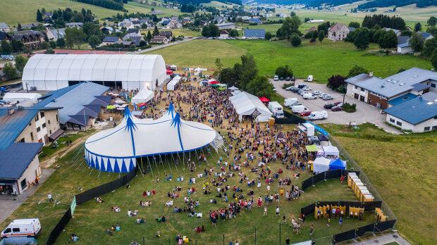 Le site du Vercors Music Festival en 2019. - © Thibault Dion