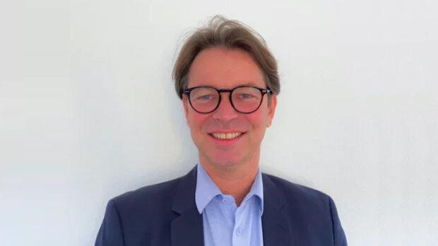 Samuel Caux, directeur général d'eXp France, annonce à ImmoMation la création des «Teams» d'eXp. - © D.R.
