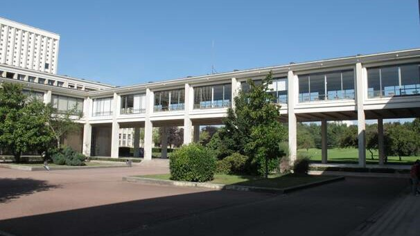 Comment l'Université de Caen Normandie forme les nouveaux maîtres de conférence