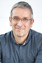 Frédéric Desprez est titulaire d'un doctorat en informatique de Grenoble INP