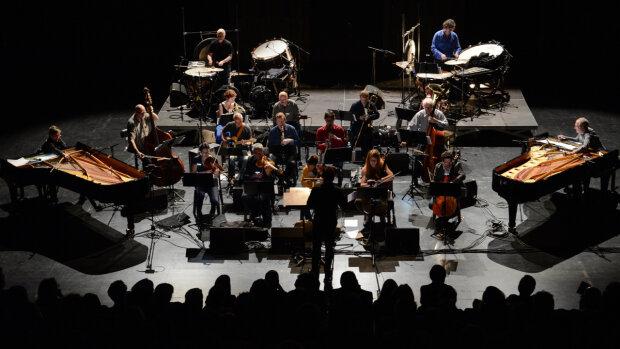 L'ensemble 2 e 2 m est une des 5 formations qui co-organisent le Festival Ensemble(s) à la rentrée.