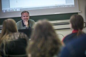 «Les enseignants-chercheurs présentent une prédisposition générale à surinvestir la sphère professionnelle»