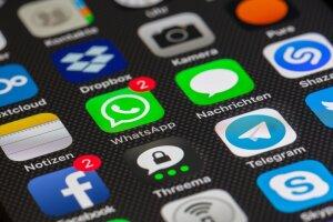 Les interactions sociales via les réseaux sociaux ou des solutions edtechs peuvent participer à l'apprentissage via le social learning. - © Thomas Ulrich de Pixabay