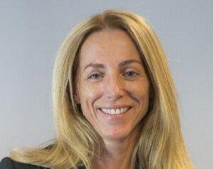 Véronique Crouzier, DRH du groupe Arkéa