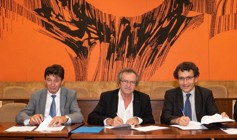 Signature de convention tripartite, entre le tribunal administratif, le médiateur académique et l'université Jean Moulin Lyon 3, septembre 2018