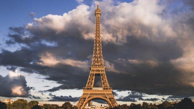 Le CNRS recrute un directeur(-trice) de l'Europe de la recherche et de la coopération internationale